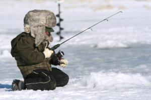 pbyr-ice-fishing-kids